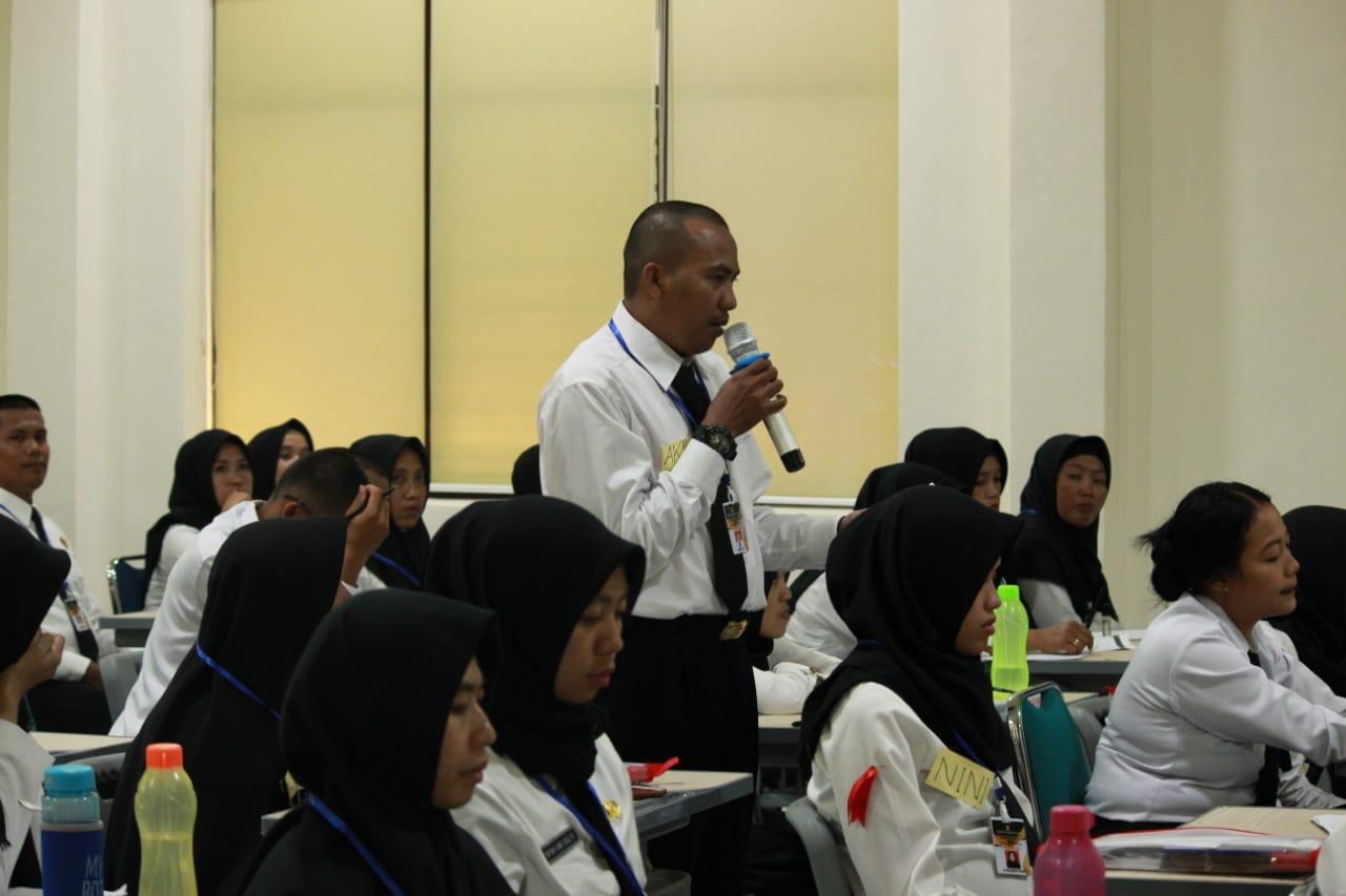 Photo of Peserta Diklat Prajabatan dan Pelatihan Dasar CPNS Pemerintah Kabupaten Wajo Menerima Materi Anti Korupsi